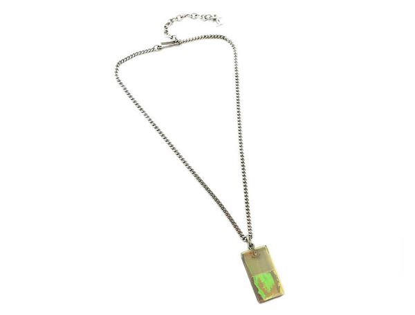 chanel-aurora-clear-plate-necklace