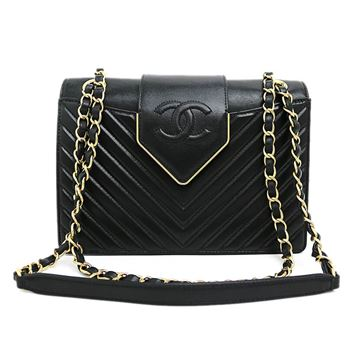 chanel-chevron-stitch-w-chain-shoulder-bag