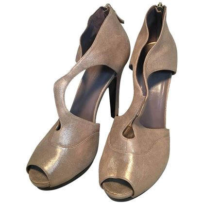hermes-shimmery-golden-leather-strappy-high-heels-size-38