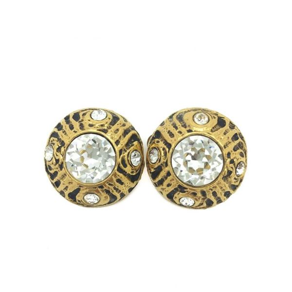 vintage-chanel-1970s-crystal-gilt-clip-earrings