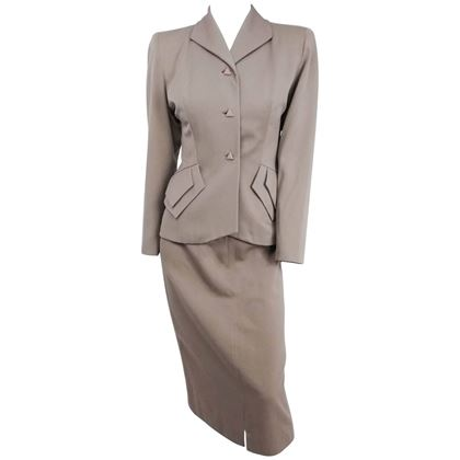 1940s-taupe-skirt-suit-set