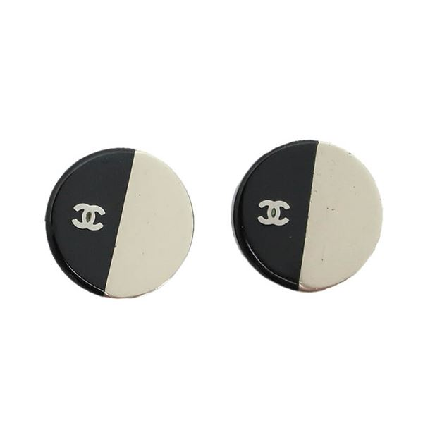 chanel-bicolor-round-earrings