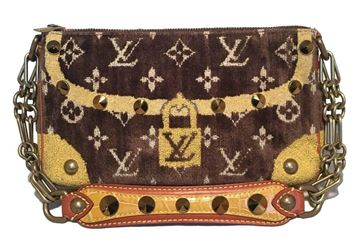 limited-edition-louis-vuitton-monogram-velvet-trompe-l-oeil-pochette