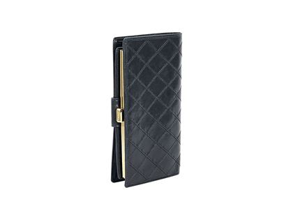 black-chanel-quilted-lambskin-french-purse-wallet-black