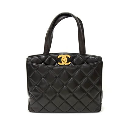 vintage-chanel-11-black-quilted-leather-tote-hand-bag