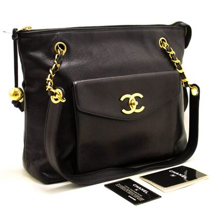 Chanel Caviar Large Shoulder Bag in Black Leather with Gold Zip