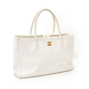 chanel-white-leather-tote-hand-bag
