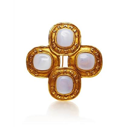 1980s-chanel-gold-and-opal-brooch-2