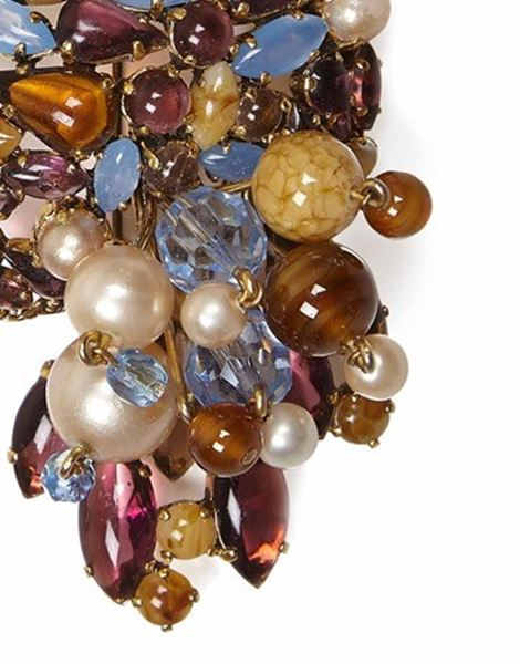 1960s-christian-dior-large-glass-pearl-brooch-2
