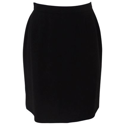 chanel-boutique-black-wool-skirt