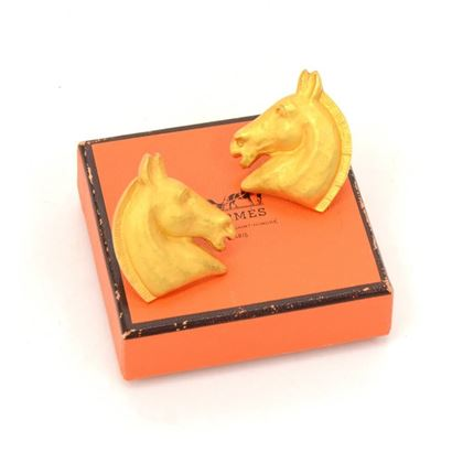 hermes-gold-tone-horse-head-motif-earrings