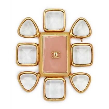 chanel-1990s-gold-plated-gripoix-glass-and-rose-enamel-cc-brooch