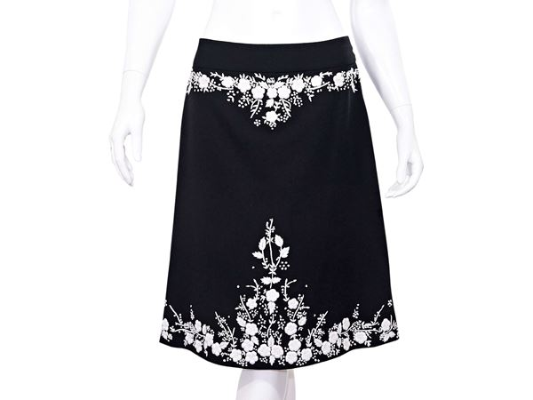 SunShine white casual embroidered skirt cotton with front and back pockets