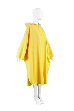 Aquascutum 1980s Yellow Trench Vintage Cape Coat