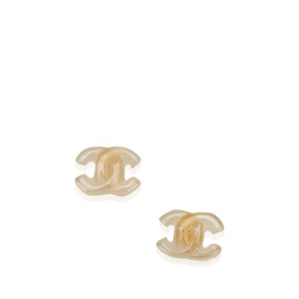 beige-chanel-logo-earrings-beige