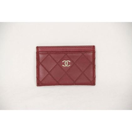 chanel-burgundy-quilted-leather-cc-logo-credit-card-case-holder