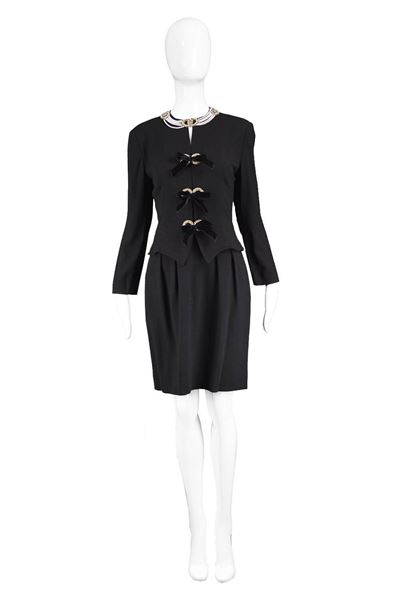 Bellville Sassoon 1980s Crepe Necklace Dress