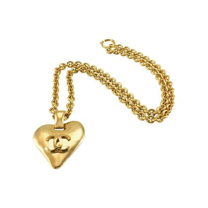 chanel-heart-shaped-pendant-necklace-1993