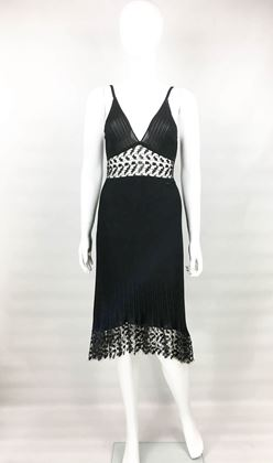 chanel-black-ribbed-dress-with-lace-panels-2006