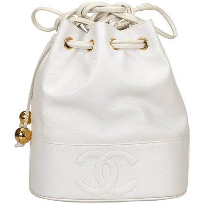 chanel-white-caviar-leather-drawstring-shoulder-bucket-bag