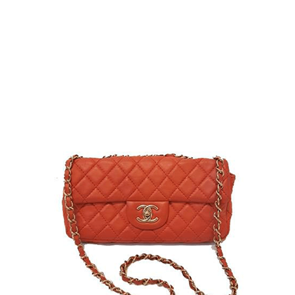 chanel-classic-flap-bag-in-red-leather-with-a-rectangular-shape
