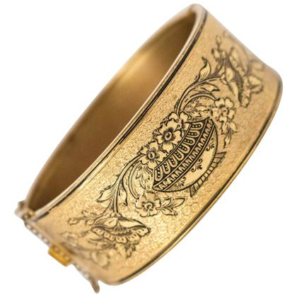 1890s-victorian-gold-tone-bracelet-with-floral-design-2