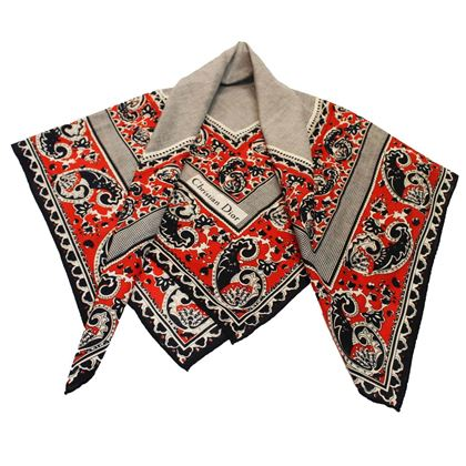 1970s-christian-dior-red-white-and-blue-paisley-scarf-2