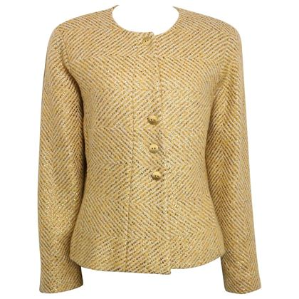chanel-gold-toned-metallic-glitter-cream-wool-chevron-tweed-shawl-jacket-2