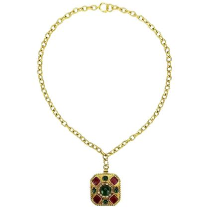 chanel-gripoix-glass-and-faux-pearl-square-pendant-gold-chain-necklace-2