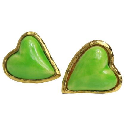 christian-lacroix-apple-green-gripoix-heart-shaped-clip-on-earrings-2