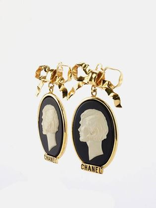 chanel-gold-plate-bow-with-dangle-white-statue-clip-on-earrings-2