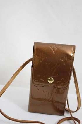 louis-vuitton-bronze-patented-leather-case-with-crossbody-strap-2