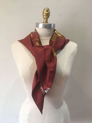 hermes-vendanges-silk-scarf-in-dark-red-2
