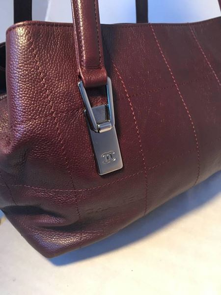 chanel-burgundy-caviar-leather-square-quilted-shoulder-bag-tote-3