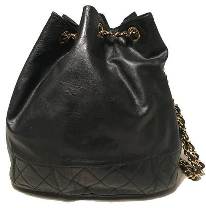 chanel-vintage-black-leather-drawstring-bucket-shoulder-bag-2