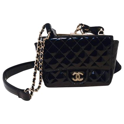 chanel-black-patent-leather-classic-and-lace-pouch-shoulder-bag-2