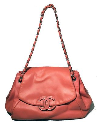chanel-coral-leather-top-flap-shoulder-bag-2