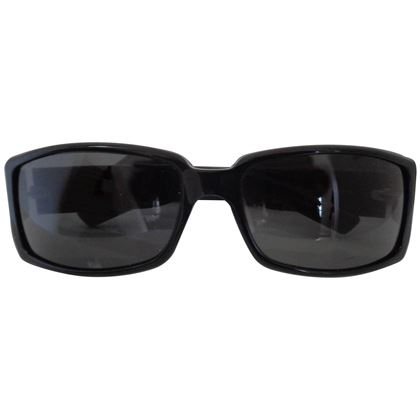 gucci-black-sunglasses-4