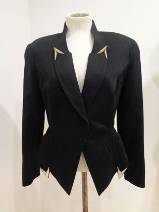 thierry-mugler-paris-black-jacket-2