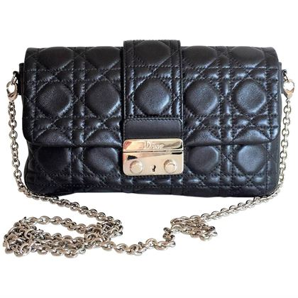 miss-dior-lock-promenade-black-leather-pochette-wallet-on-chain