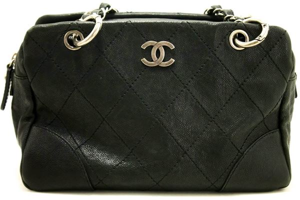 chanel-caviar-chain-shoulder-bag-boston-black-silver-quilted