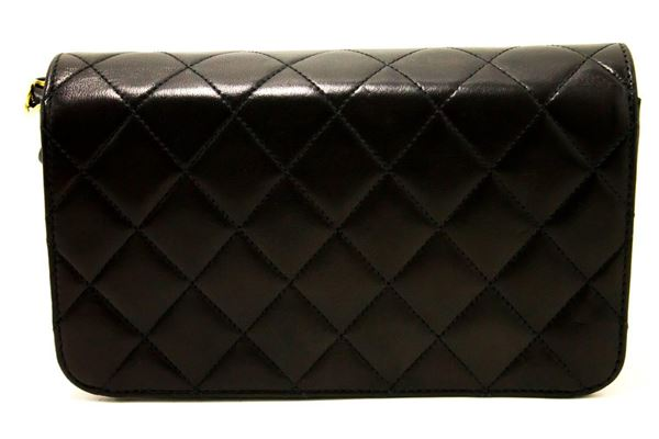 chanel-chain-shoulder-bag-clutch-black-quilted-flap-lambskin-gold-3