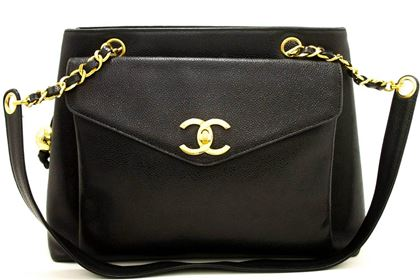 chanel-caviar-large-chain-shoulder-bag-black-leather-gold-zipper-2