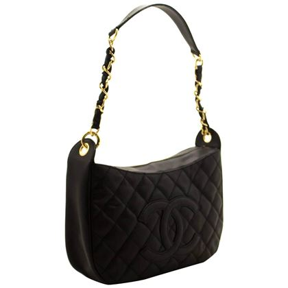 chanel-caviar-chain-black-quilted-leather-zipper-one-shoulder-bag