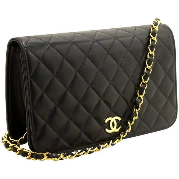 chanel-chain-black-quilted-flap-lambskin-shoulder-bag-clutch-2