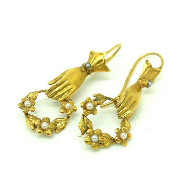 vintage-1989-victorian-style-9ct-gold-hand-drop-earrings