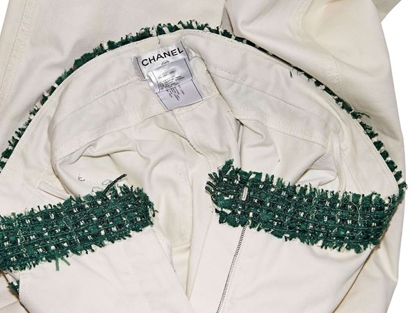 white-green-chanel-tweed-trimmed-jeans-8-white