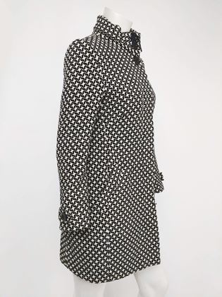 black-and-white-houndstooth-mod-coat-1960s