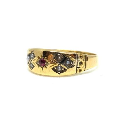 antique-victorian-ruby-gold-ring-q-12-2
