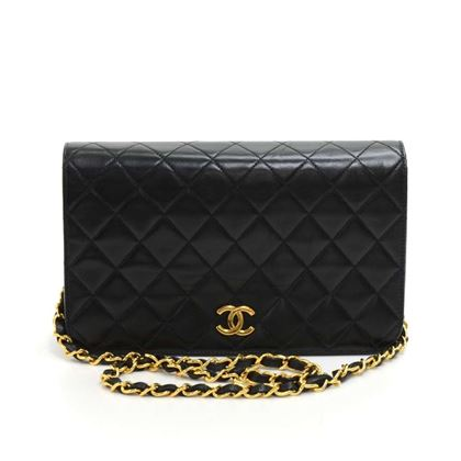 chanel-9-classic-black-quilted-leather-shoulder-flap-bag-3